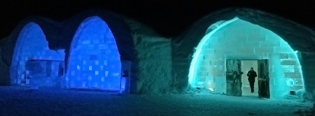 Entrance Icehotel by night