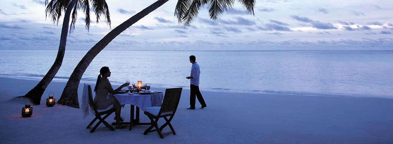 Shangri-La Villingili Romantic Dinner